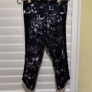 Lululemon Cropped legging Size 10